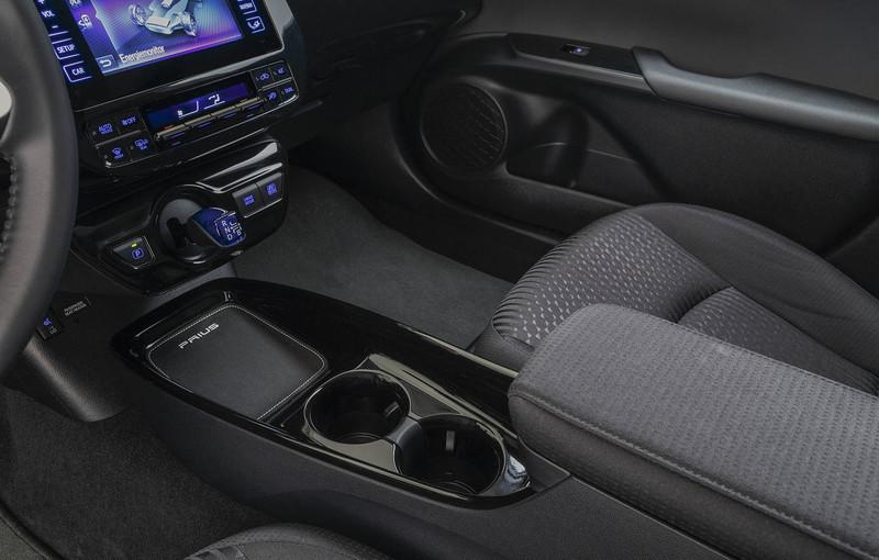 Van Ekris nieuwe Toyota Prius zwart dashboard mogelijk