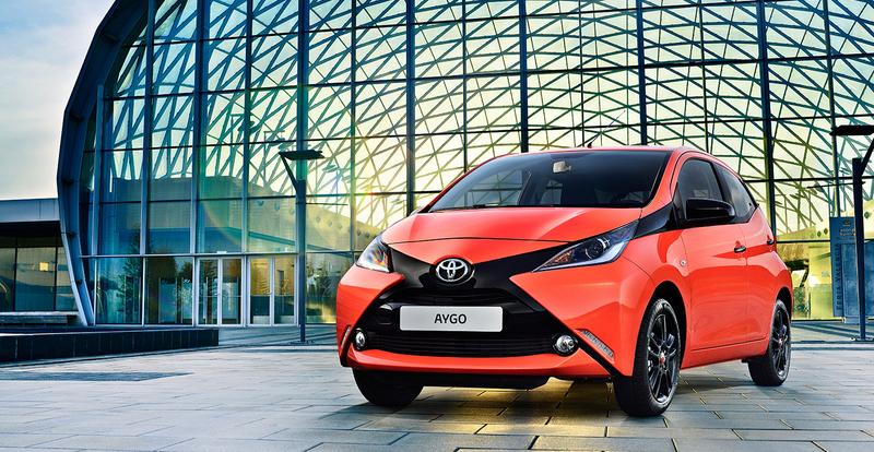 Toyota Aygo X Cite Special Editie orange
