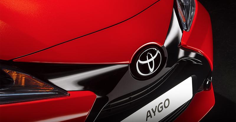 Toyota Aygo X Cite Special Editie orange front