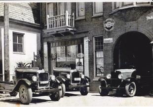1930 verkocht Van Ekris de eerste trucks van GM