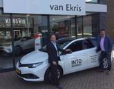 INTO Business magazine van Yaris naar Auris